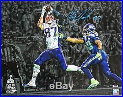 Patriots Rob Gronkowski Authentic Signed SB XLIX Horizontal 16X20 Photo PSA/DNA