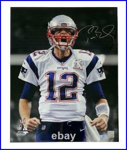 TOM BRADY Autographed New England Patriots 16 x 20 Scream Photograph FANATICS