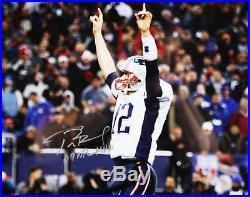 Tom Brady Signed New England Patriots 16×20 Photo COA TriStar